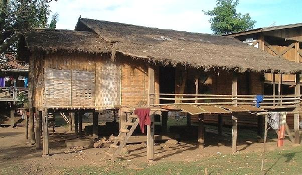 A typical house (for southern Laos, anyway), up on stilts, ever ready for the rainy season (Taat Lo, Laos)